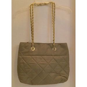 BLOOMINGDALES BRAND QUILTED NYLON BEST TOTE CHAINS